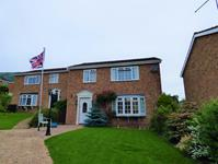Malvern Freehold £295,000 Guide Price<br />Licence