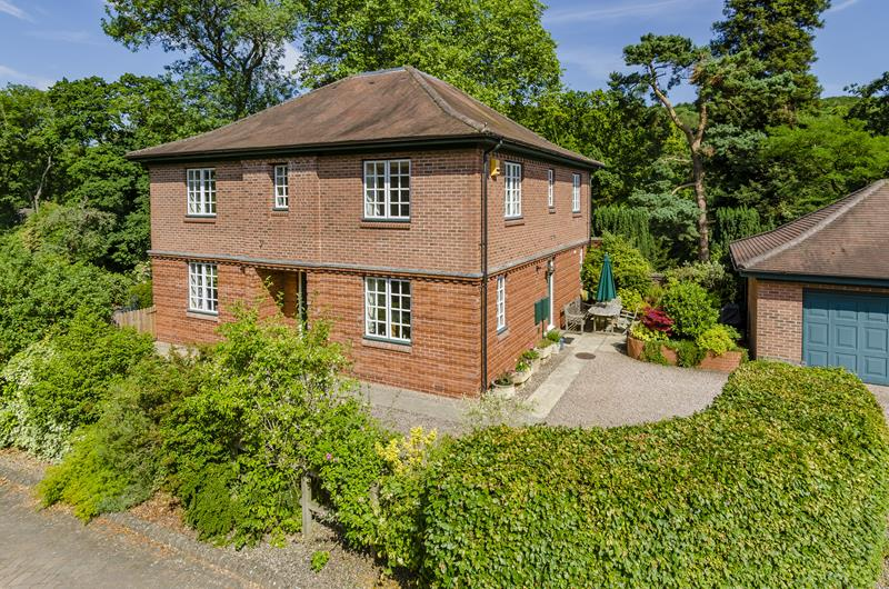 4.000000 Bedroom Detached Ledbury