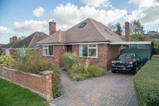 Malvern Freehold £345,000 Guide Price<br />Licence