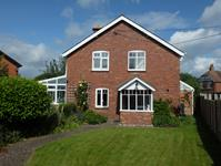 Malvern Freehold &#163;430,000 Guide Price<br />Licence