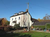 Malvern Freehold &#163;550,000 Guide Price<br />Licence