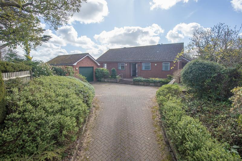 2.000000 Bedroom Detached Bungalow Malvern