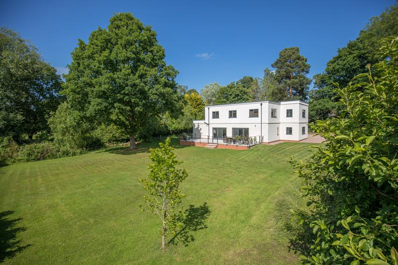 4.000000 Bedroom Detached Malvern
