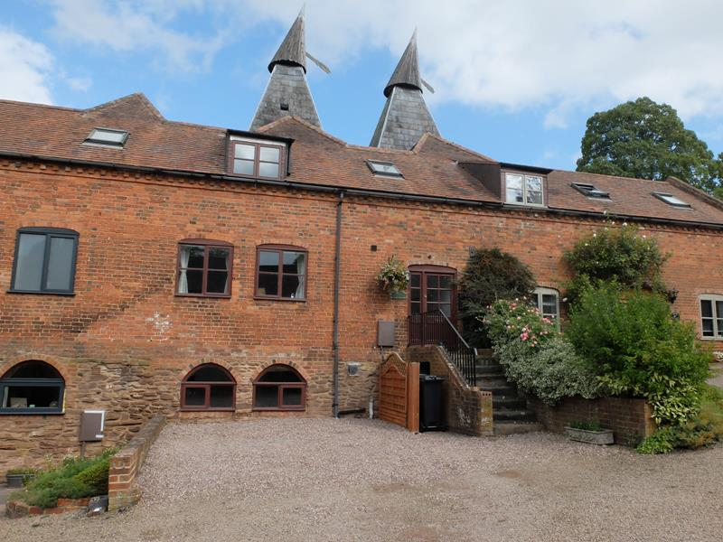 3.000000 Bedroom Barn Conversion Ledbury