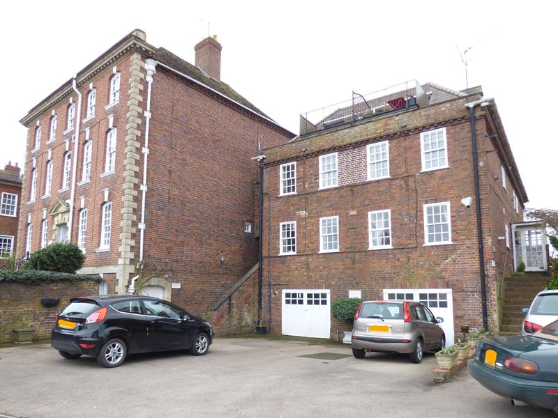 2.000000 Bedroom Apartment / Flat Upton upon Severn